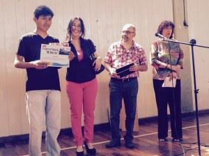 Mención del Jurado: Cristian Mollo (2do Año, 5ta división) Entrega el premio la Sra. Laura Pedreira, de la firma DATCO, Cámara de Empresas del Distrito Tecnológico de la Ciudad de Buenos Aires